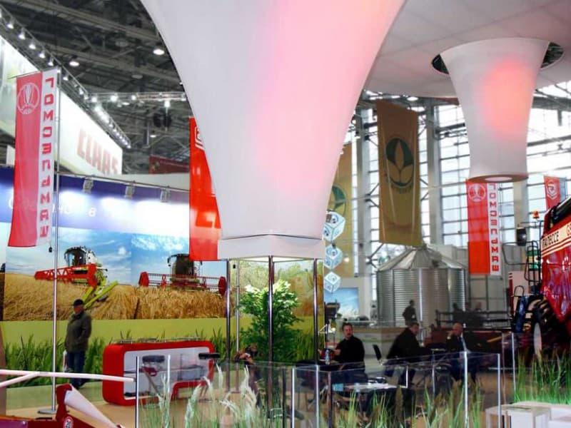 Выставочный стенд № 20061: более 100 кв. м, Деревянные стенды, Золотая осень, Необычный, Полуостровной, Промышленность, Сельское хозяйство, Современный, Стенды из стекла, Стенды с подвесом, Транспорт и техника, Хай-тек, Эксклюзивный